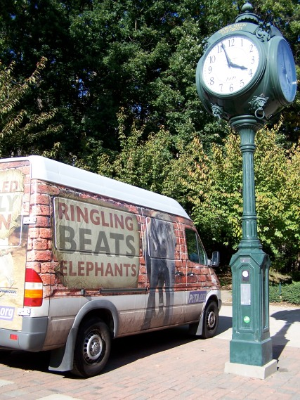 Ringling Beats Elephants